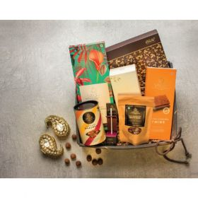 Smoor Blissful Bounty Jute Hamper