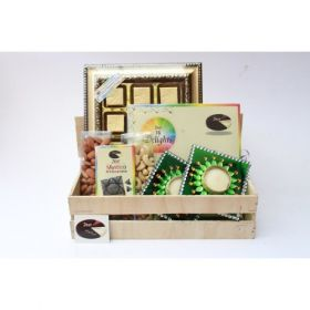 zest Chocolates Gift Royal Hamper with candle Holder set